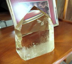 Citrine Quartz Point w/Rainbow