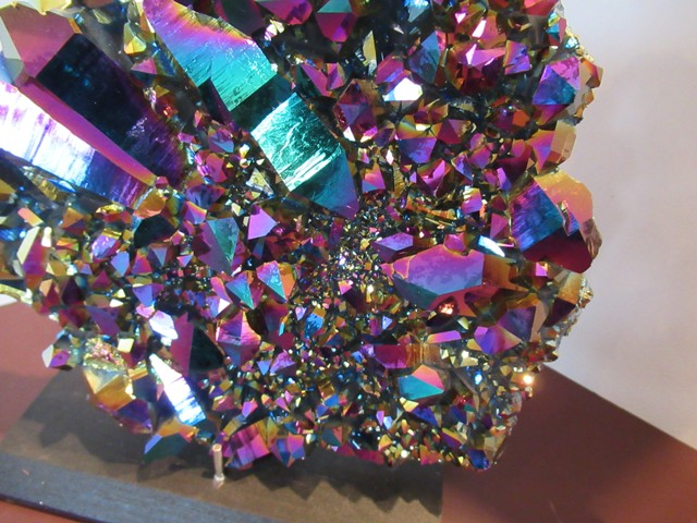 Titanium Quartz Wall Hanging - Click Image to Close
